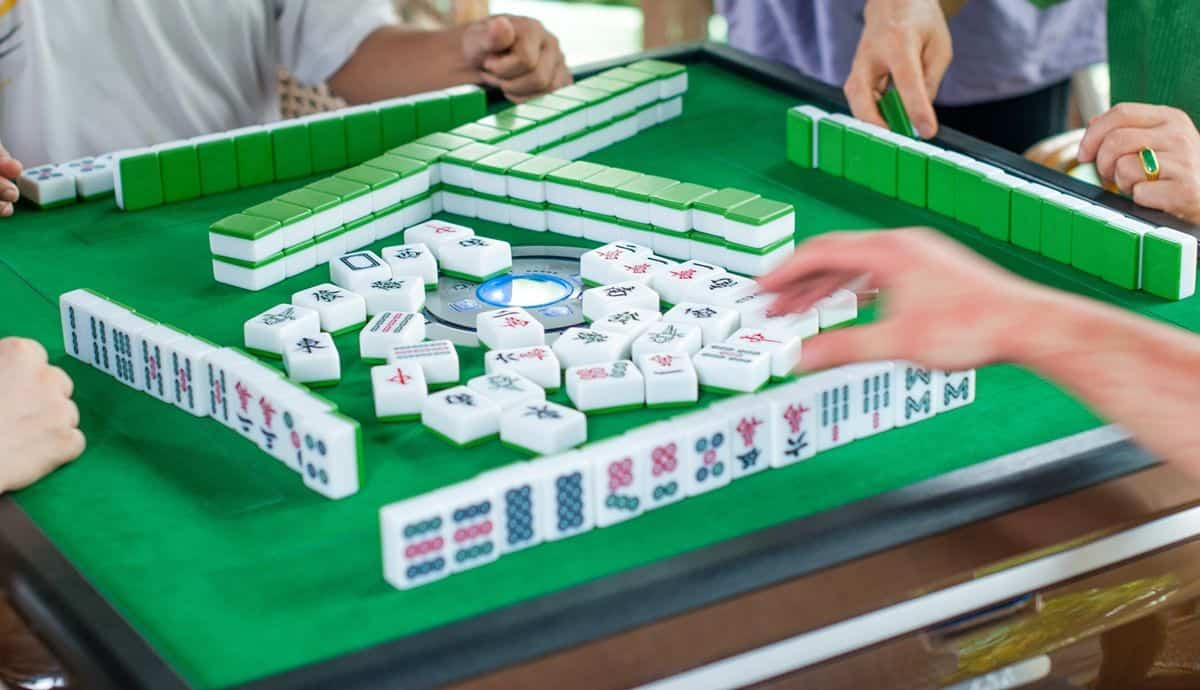 experience playing online mahjong game