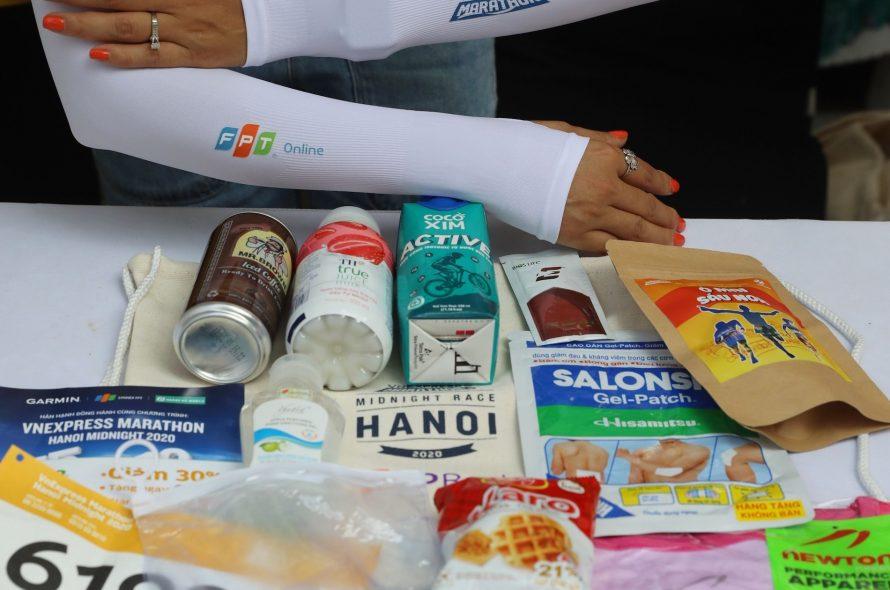 Race-kit night running tournament VM Hanoi has nothing