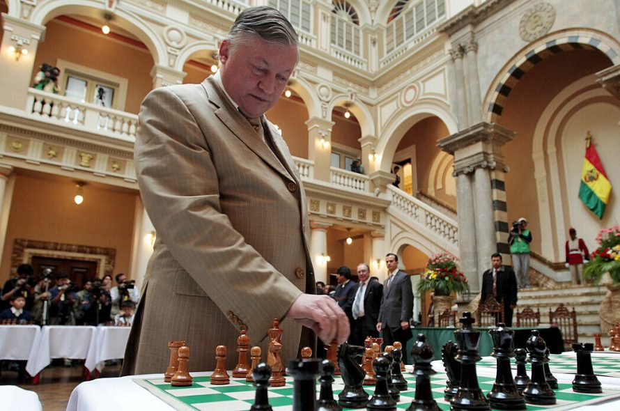 Quang Liem fights former Karpov Chess King
