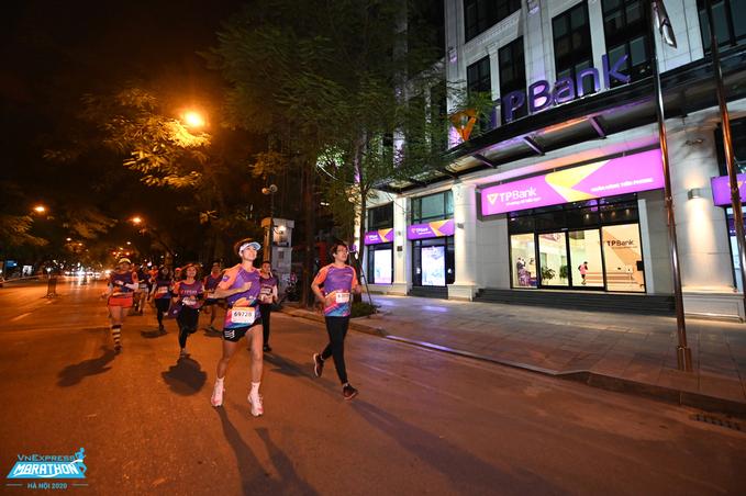 The last three days to buy super early night tickets Hanoi