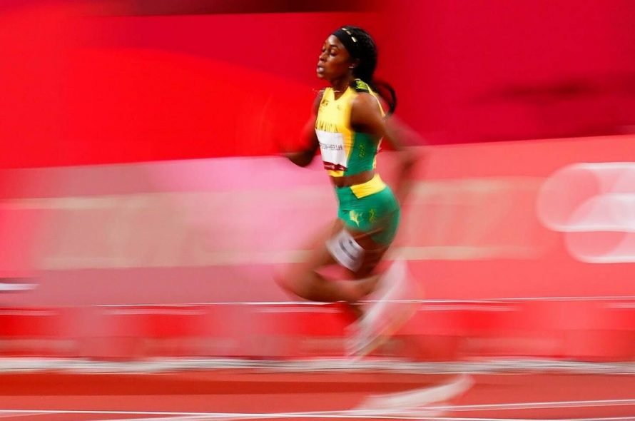 Jamaican speed queen wins 200m . gold medal