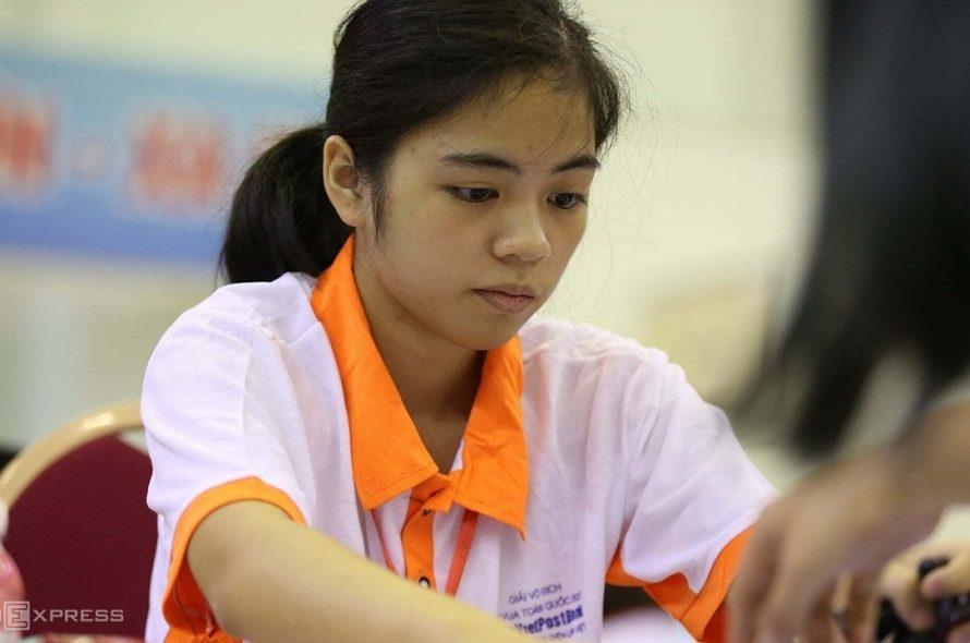 Hong Nhung won the World Youth Chess Cup